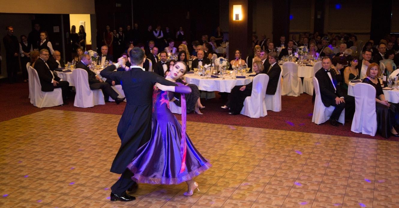 Tradičný benefičný ples v Holiday Inn